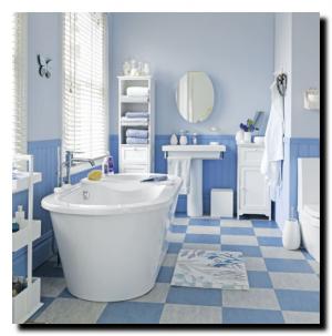 Бело-голубая ванная комната.