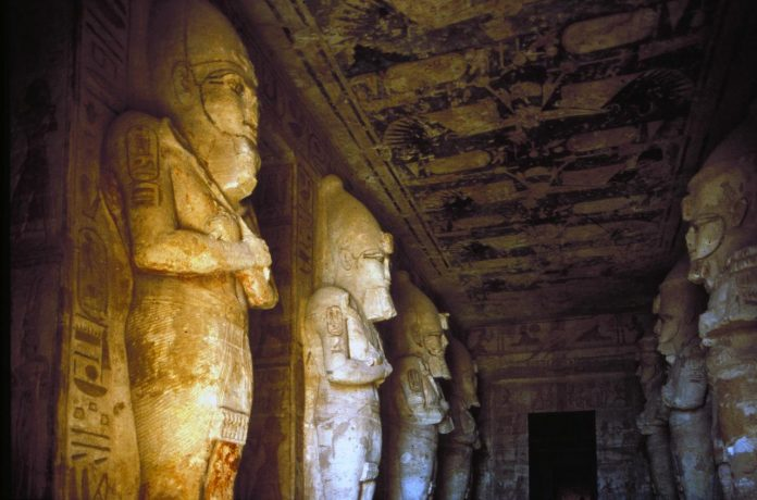 храм Рамзеса II в Абу-Симбеле